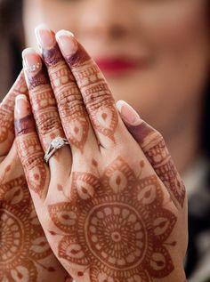 Henna Designs Easy, Henna Tattoo Designs, Mehndi Designs, Simple Designs, Henna Leaves, Flower Henna, Hair Supplies, Simple Henna, Mehendi