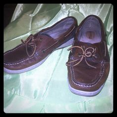 Sperry top slider shoe with leather ties Leather uppers and has leather strings that ties on top. Shoes are in good shape except on left shoe on place where the little toes are . Has a light place as shown in pictures . Sperry Top-Sider Shoes