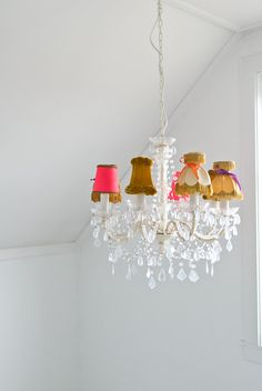 Eclectic, yet elegant. Mix & match chandelier shades / cute for a craft room Chandelier Shades, Lamp Shades, Chandelier Lighting, Lampshade Chandelier, Chandeliers, Candle Shades, Antique Chandelier, Luminaire Original, Granny Chic