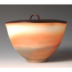 YAKISHIMENURIBUTA MIZUSASHI (Unglazed high-fired Tea Ceremony Fresh Water Jar with Lacquered Lid)
