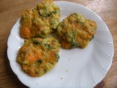 The Road to a Full Tummy: Broccoli & Cheddar Cheese Nuggets
