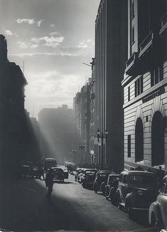 Rush Hour, Martin Place, Sydney, 1949 by David Moore