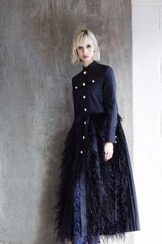 http://www.vogue.com/fashion-shows/resort-2018/huishan-zhang/slideshow/collection