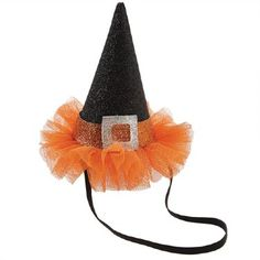 Festive mini witch hat headband features glitter buckle detail, mesh tutu brim and elastic strap. Dulceros Halloween, Halloween Headband, Easy Halloween Crafts, Halloween Drinks, Halloween Cards, Holidays Halloween, Halloween Pumpkins, Holiday Crafts, Halloween Decorations