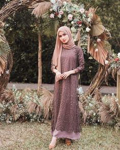 Ootd ondangan ✨ Tap for details 🖤 Hijab Prom Dress, Dress Brukat, Hijab Gown, Muslimah Wedding Dress, The Dress, Dress Outfits, Dress Muslimah, Dress Brokat Muslim, Dress Brokat Modern
