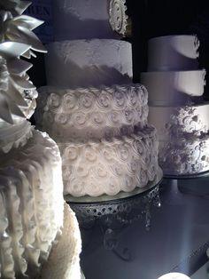 Beautiful wedding cakes! www.bestweddingshowcase.com.