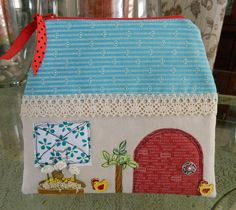 The House Pouch by Lv2Create, via Flickr