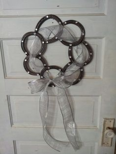 Horse shoe wreath