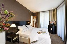 Residence Imperiale - Connected to the airport, Residence Imperiale is located in Paris's Trocadero neighborhood and close to Palais des Congres de Paris, Espace Champerret, and Elysee Palace. Three stars $462 total cost