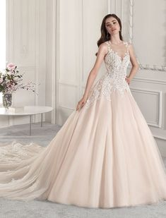 Wedding Dress Photos - Find the perfect wedding dress pictures and wedding gown photos at WeddingWire. Browse through thousands of photos of wedding dresses. Wedding Dress Pictures, Gown Photos, Perfect Wedding Dress, Wedding Gowns, Ball Gowns, Couture, Formal Dresses, Fashion, How To Dress Cool