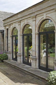 Classic House Exterior, Classic House Design, Dream House Exterior, House Exterior Design, Classic Architecture, Interior Architecture, Landscape Architecture, Door Design, Facade