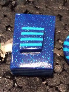 Bague en Fimo pâte polymère rectangle 2,2x3,2 cm alternance couche bleu : Bague par ys-creations