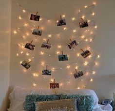 Light polaroid photo hanger