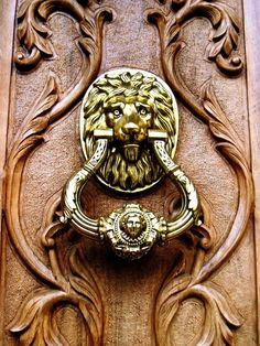 Can't believe I just found this on pinterest - the exact same door knocker that was on the front door of our old house :-)