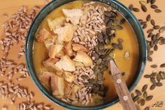 Supă cremă de linte cu dovleac - Home is where you cook Oatmeal, Grains, Curry, Rice, Cooking, Breakfast, Food, The Oatmeal, Kitchen