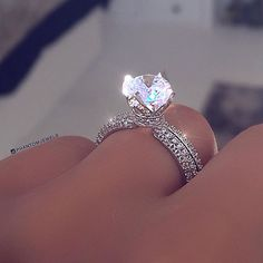 33 Cheap Engagement Rings That Will Be Friendly To Your Budget is part of Engagement rings - Cheap engagement rings doesn't mean boring or not beautiful Nowadays you should not to spend several salaries to buy perfect engagement ring Dream Engagement Rings, Perfect Engagement Ring, Cute Rings, Pretty Rings, Cute Jewelry, Body Jewelry, Beautiful Wedding Rings, Ring Verlobung, Diamond Wedding Rings