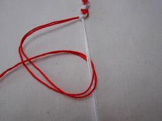 048 Japanese Ornaments, Felt Magnet, Bracelet Patterns, Crochet Flowers, Jewelry Crafts, Knots, Weaving, Baba Marta, Bracelets