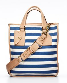 Ann Taylor - AT Handbags Belts - Club Stripe Tote. So cuuuute Summer Purses, Summer Bags, Summer Time, Looks Cool, Latest Fashion For Women, Purses And Bags, Nice Purses, Fashion Accessories, Revolve Clothing