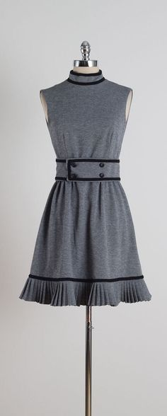 McCoy . vintage 1960s dress . 60s dress . by millstreetvintage