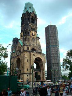 "3. La Iglesia del Recuerdo o Kaiser-Wilhelm-Gedächtniskirche  Esta iglesia luterana, cuya traducción literal significa ""iglesia en recuerdo ..."