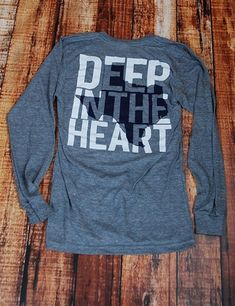 Deep In the Heart - ATHLETIC GREY at Barefoot Campus