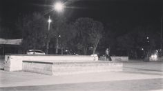 Instagram #skateboarding video by @_cnstanza - Boardslide-practicarlo hasta parquearlo/. Gracias @giovanni_hxc  ... #skateboarding #nightsesh #boardslides #girlsshred. Support your local skate shop: SkateboardCity.co