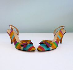 1950's Rainbow Stripe Heels Almond Toe Bow Slingback Pumps Size 7.5 7 1/2 DeLiso  Cute!