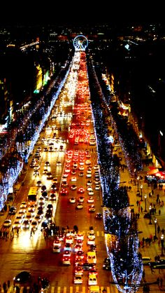 Illumination des champs-Elysées - Paris