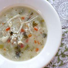 Slow Cooker Italian White Bean Chicken Soup 
