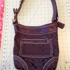Brighton Lrg Shoulder Bag Dark Brown Lots Pockets Large dark brown ...