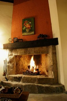 If you are looking to give your room a focal point or something to highlight it, look no further than the fireplace mantel that's already there. Many tend to leave their fireplace mantels bar… Cabin Fireplace, Inglenook Fireplace, Backyard Fireplace, Bedroom Fireplace, Farmhouse Fireplace, Fireplace Remodel, Fireplace Mantels, Fireplaces, Outdoor Fireplace Designs