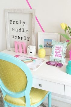 We are truly, madly, deeply in love with @ mckennableu's office design! Make Home Yours