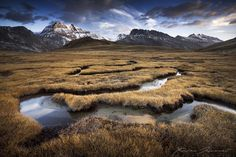Curves and meanders by Xavier Jamonet - Photo 52679018 - 500px