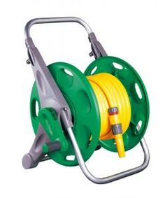 2 in 1 Hozelock Hose Reel and 25m of Hose. Only £29.99 BARGAIN