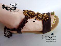 Sandalias Samba, encantadoras! Samba, String Crafts, Crochet Shoes, Huaraches, Summer Shoes, Tatting, Crochet Necklace, Footwear, Jewelry