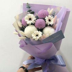 Flower Bouquet Diy, Bouquet Wrap, Beautiful Bouquet Of Flowers, Pretty Flowers, My Flower, Lavender Aesthetic, Flower Aesthetic, Purple Aesthetic, Luxury Flowers