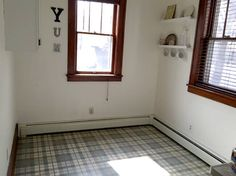 How to Paint Old Linoleum Kitchen Floors - 1915 House Painted Kitchen Floors, Linoleum Kitchen Floors, Painting Linoleum Floors, Painted Concrete Floors, Painting Concrete, Linoleum Flooring, Diy Flooring, Kitchen Paint, Floor Painting