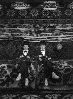 Korniss Péter. Testvérek. Sugatag, 199 Folk Music, Hungary, Traditional, History, Concert, Children, Movie Posters, Movies, Painting