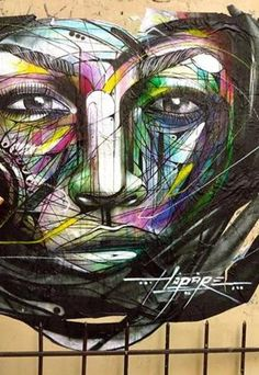 Hopare is a Franch urban artist whose graffiti of faces and human figures come together in an explosion of color and details. Street Art Love, Best Street Art, Amazing Street Art, Street Art Graffiti, Amazing Art, L'art Du Portrait, Portraits, Art Nouveau, Street Artists