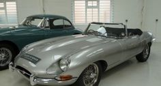 The famous 'Lightweight' series of cars produced by Jaguar in the early 60s has passed into legend. Nowadays, entry to the 'Lightweight E-type club' has a hefty multi-million-dollar price tag, and they are rarely seen outside the Goodwood Revival or Pebble Beach. Original Lightweights aside, with their all-aluminium bodywork, 5-speed gearboxes, alloy blocks and fuel-injection, the model was raced in various stages of tune all over the world throughout the 1960s.
