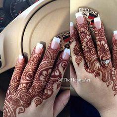 Modern and Attractive Red Mehndi Designs - Kurti Blouse Finger Henna Designs, Stylish Mehndi Designs, Mehndi Designs For Girls, Mehndi Design Pictures, Dulhan Mehndi Designs, Wedding Mehndi Designs, Mehndi Designs For Fingers, Beautiful Mehndi Design, Mehndi Designs For Hands
