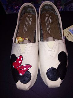 Disney Toms Natural by JudyMoodyDesigns on Etsy