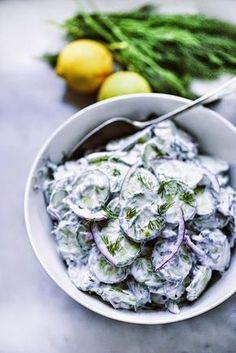 Лето - это овощная пора. Не будем упускать природное изобилие. Легкий салат из огурца станет отличной закуской или даже заменит гарнир. Последнее особенно актуально для тех, кто следит за фигурой и…