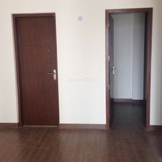 http://ninepebbles.com/search/viewdetail/4385  3 BHK Apartment for sale Gurgaon Haryana 1200 sqr ft 1.2 cr
