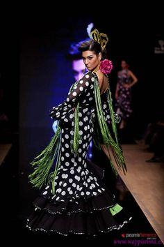 Wappíssima - Pasarela Flamenca 2012 - Ángeles Verano - Colección 'Alfileres de colores'