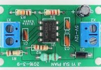 This is a Simple Inverter Circuit from 12 V up to elevated , center - tapped (CT) control transformer and four additional components can do the operation. This circuit outputs a clean about 120 volt - 200 volt at 60 Hz and can supply up to 20 Watt. Voltage Converter, Power Ranges, Electric Circuit, Car Amplifier, Sine Wave, Circuit Projects, Circuit Diagram, High Voltage, Best Sites