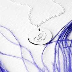 Grace & Valour Feather Disc Necklace In Sterling Silver (155 DKK) ❤ liked on Polyvore featuring jewelry, necklaces, sterling silver necklace, sterling silver pendant necklace, sterling silver feather pendant, engraved pendant necklace and sterling silver jewelry