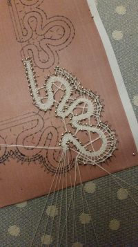 Bobbin Lace Patterns, Needlepoint, Tatting, Embroidery, Beads, Hobby, Couture, Tela, Bobbin Lace