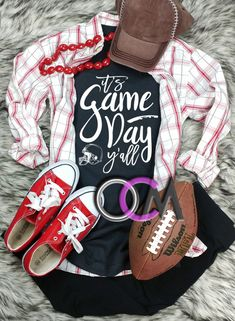 It's Game Day Y'all Football Shirt, Game Day Shirt, Game Day Mode, Ladies Football Shirt- Tshirt - One Crafty Momma Baseball Shirts For Moms, Baseball Mom, Football Shirts, Sports Shirts, Women's Football, Football Season, Softball, Game Day Shirts, Tee Shirt Designs