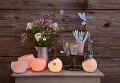 DIY outdoor lighting ideas – How to make creative garden lanterns Homemade Candles, Diy Candles, Making Candles, Candle Wax, Bougie Led, Interior Design Institute, Garden Lanterns, Candlemaking, Amazing Gardens